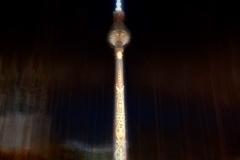 Berlin-Leuchtet-Fernsehturm-am-Alex-Lonicer