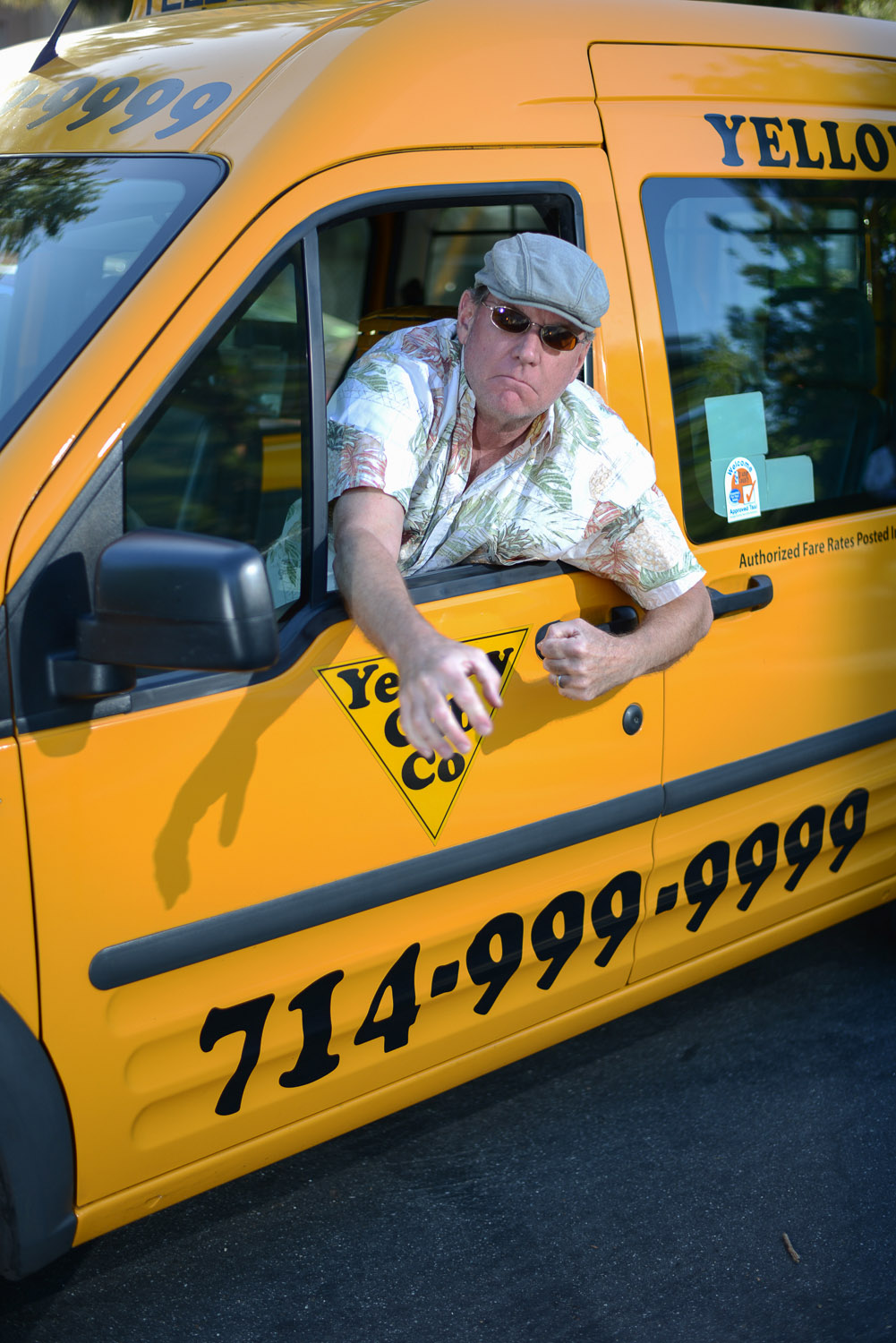 Bruce-Angry-Taxi-Lonicer